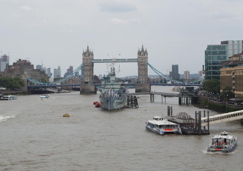tower-bridge-london-megabus-tour