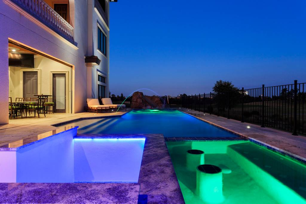 florida-airbnb-pool2